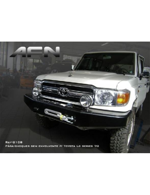 Toyota HZJ 79 CD 2012 Pare choc avant