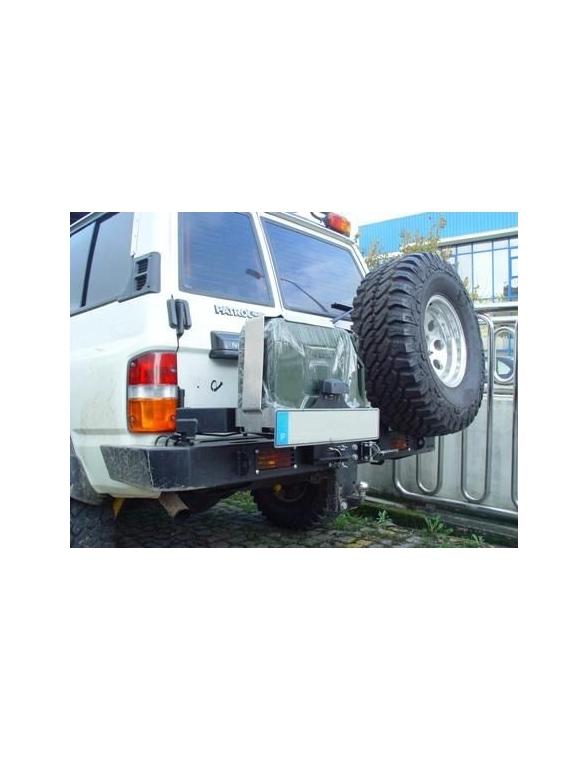 Nissan Patrol Y 60 Pare choc arriere